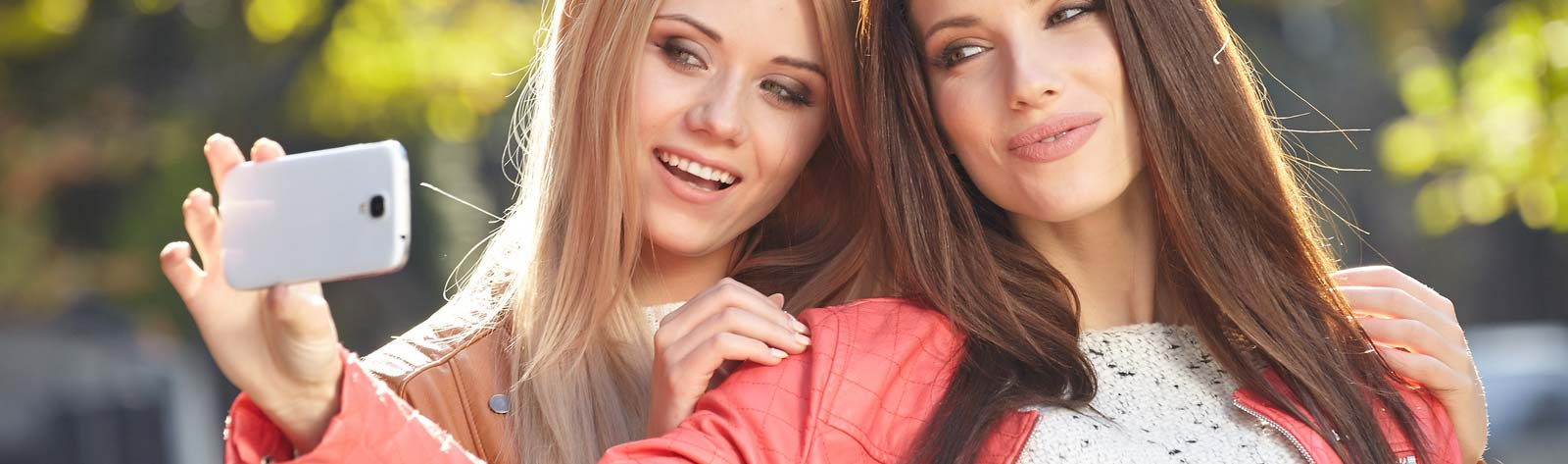 Czy media społecznościowe sprawiają że kobiety decydują się na operacje plastyczne?