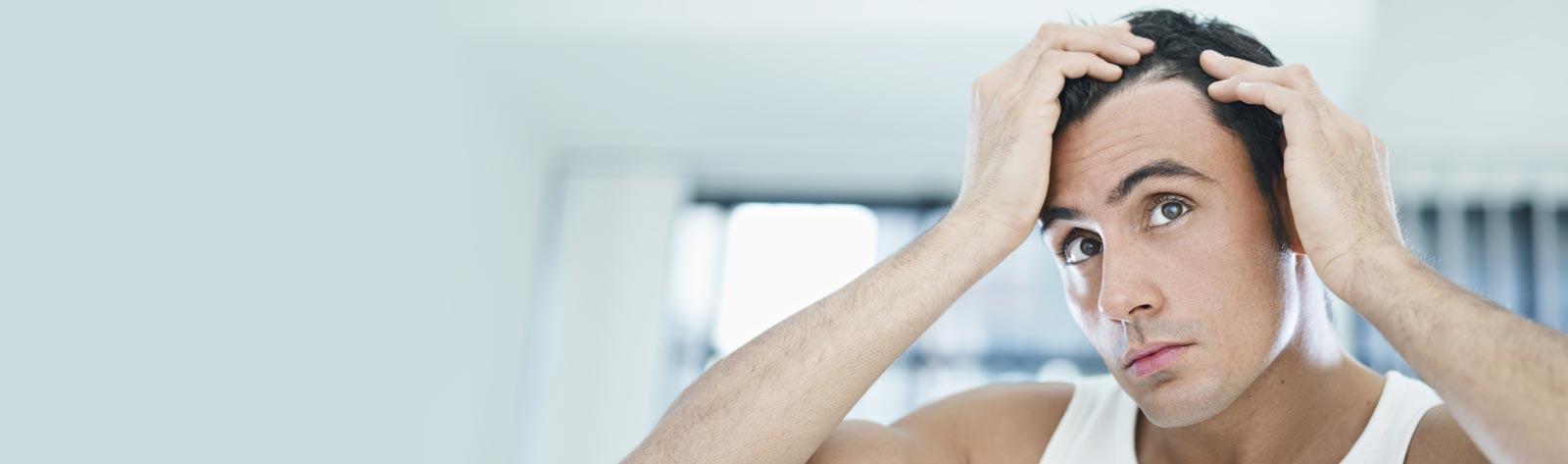 Przeszczep włosów metodą FUE – skuteczna walka z problemem łysienia